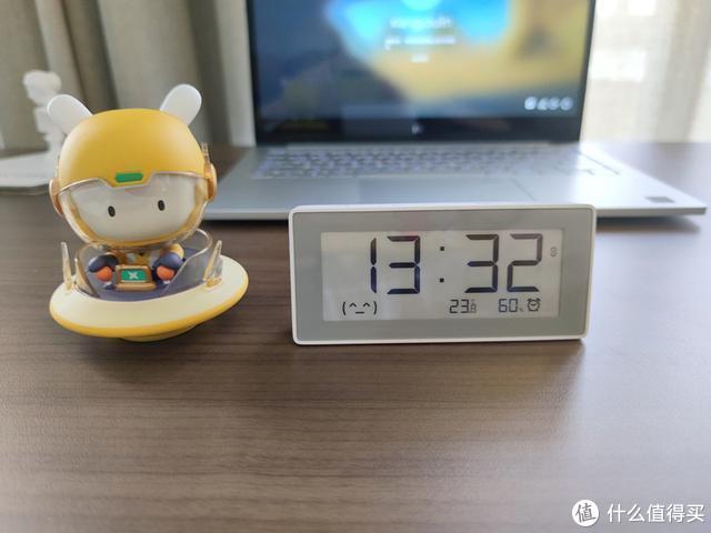 小米有品推出智能时钟,墨水屏设计,可测温湿度
