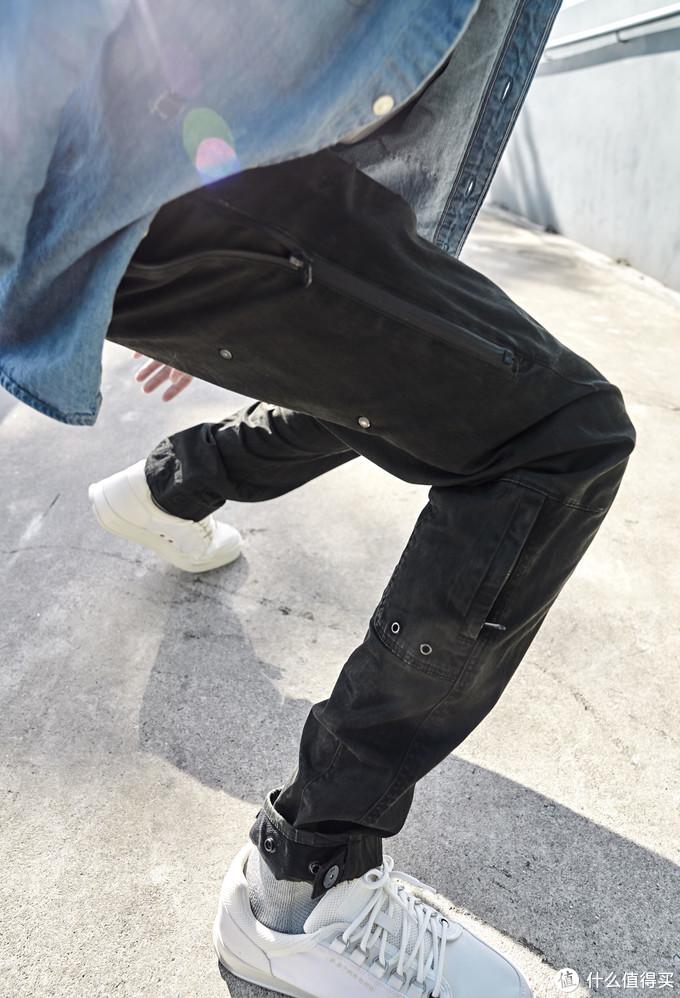 男生秋冬如何穿出雅痞感,三条牛仔裤轻松帮你搞定