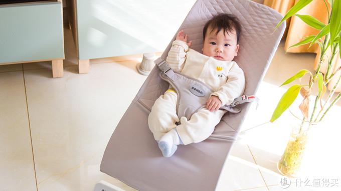 解放双手的哄娃神器,洛贝依多功能弹跳椅评测