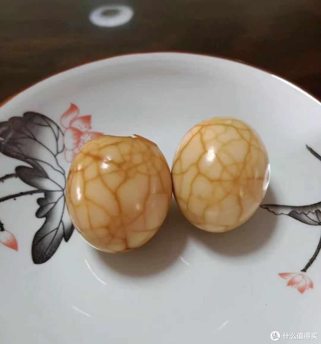 我终于对鸡蛋下手了,以后早餐可以吃自己做的五香茶叶蛋了