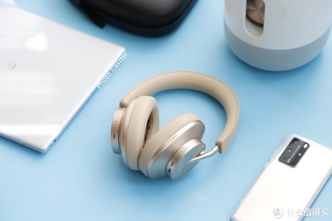 华为FreeBuds Studio头戴耳机宽频高解析音质真香