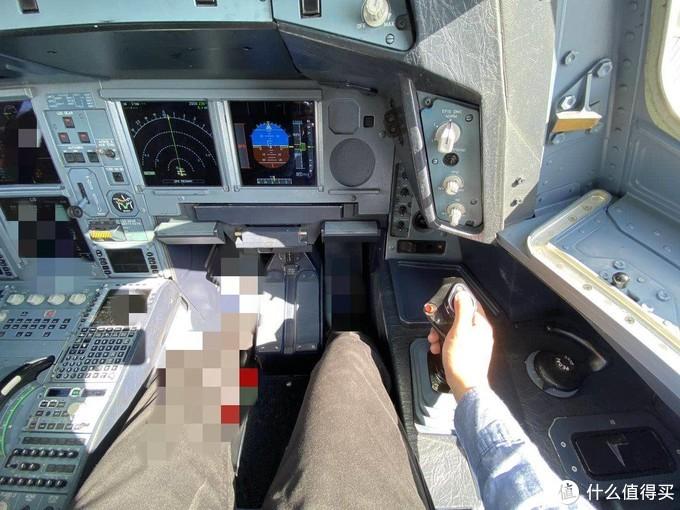 当真机长第一次用飞行游戏外设,大意了!