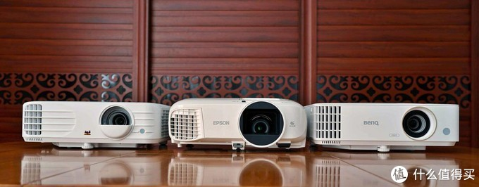 5000元价位热门投影仪对比:优派PX701-4K VS 爱普生CH-TW5700