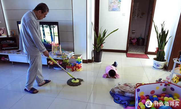上班的我们如何兼顾独自在家的父母儿女安全 智能设备能给爸妈带来什么?天猫精灵智能好物分享