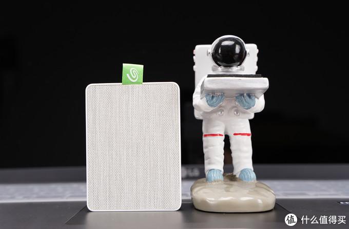 颜值是第一生产力 希捷小宝备手机移动固态硬盘开箱
