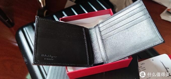 打工人的第一个大牌-双十一 京东一元菲拉格慕卡包伪开箱