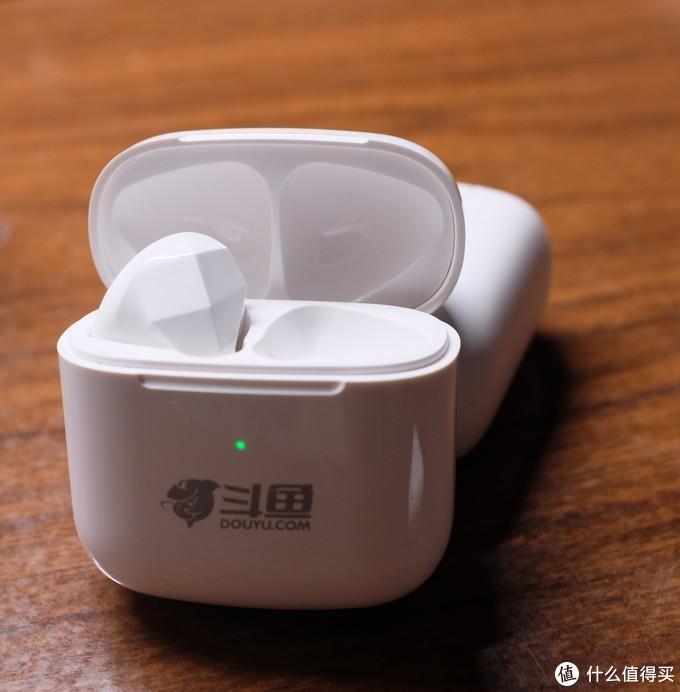 USB-C接口的tws丐老大,斗鱼牌分体式蓝牙耳机DW1
