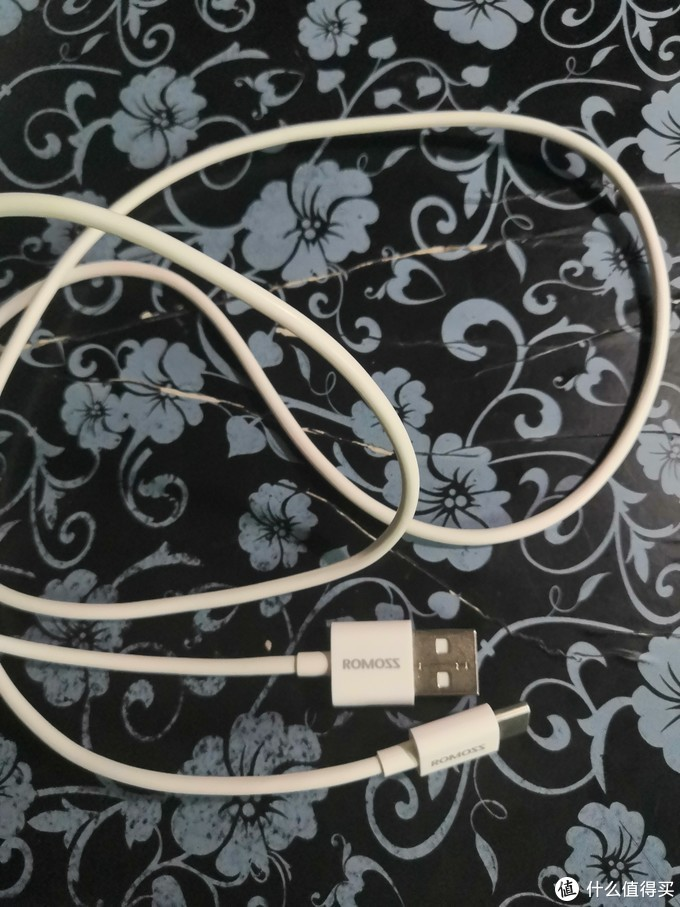 我使用过的罗马仕充电线的经验分享