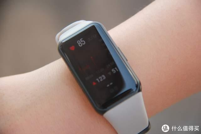 荣耀手环6上手,健康监测超好用,比智能手表还给力!