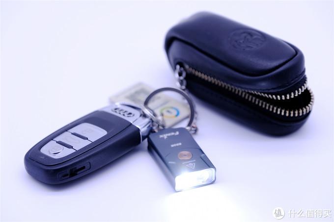 钥匙包中好物-菲尼克斯金属钥匙扣手电