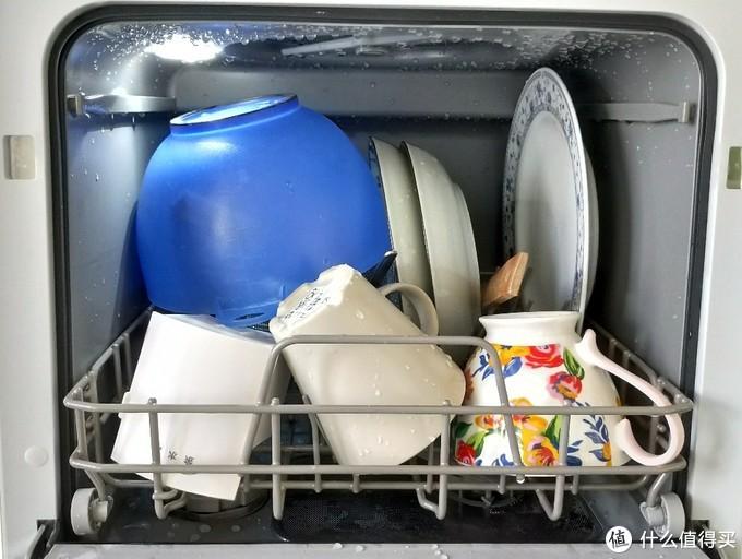 台式小洗碗机能放下IKEA的大餐盘吗?