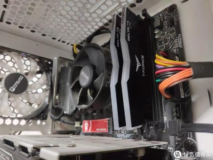 真香完美适配兼容3A平台——十铨 Delta RGB DDR4 3600 16GB开箱