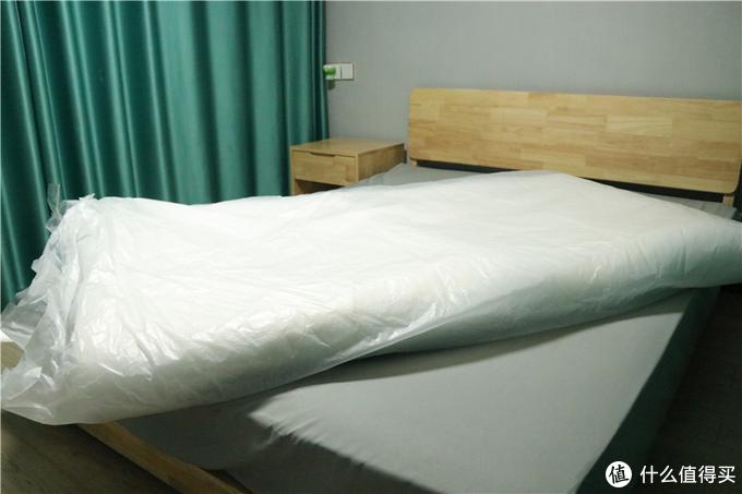乳胶床垫有多好?选对材质才重要!网易严选床垫体验