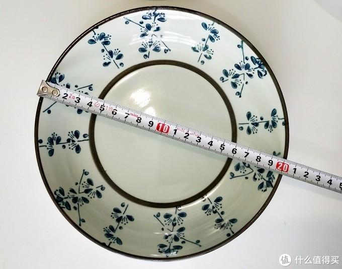用这个餐盘的话不需要拆上层碗篮↑