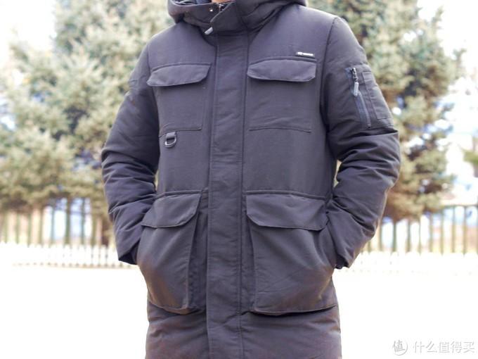 不过时又保暖的90分中长款鹅绒服?599入手,还有黑科技自发热功能