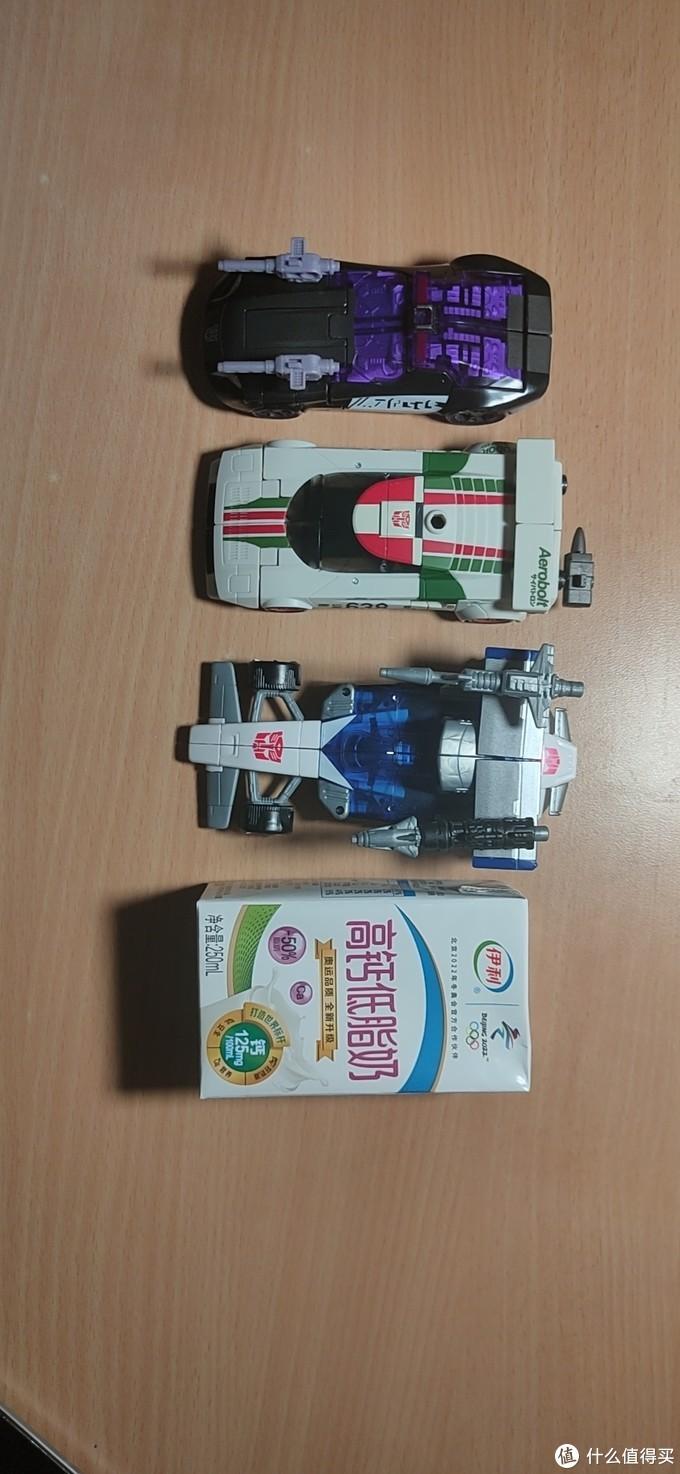 三台小车车型态对比
