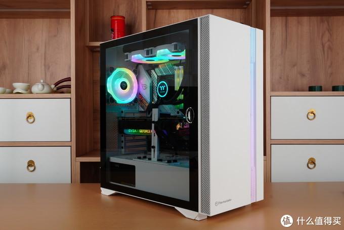 "RGB灯效同样需要一个可""DIY""的未来,TT NeonMaker全家桶RGB装机体验"