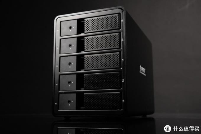 坚如磐石——奥睿科3.5寸raid五盘位硬盘柜上手体验