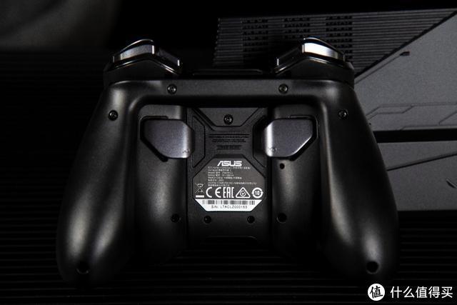 看看信仰玩家是怎么玩游戏的:ROG游戏手机3电竞装甲套装开箱