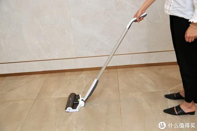 符合国人的拖地习惯,BEHOW无线电动拖把让你挺起腰板轻松做家务