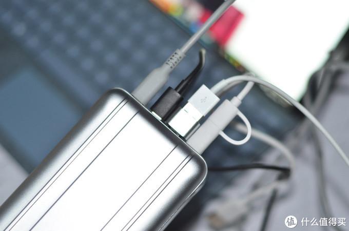以简胜繁,智能伴侣:Zendure 征拓 SuperTank Pro 移动电源