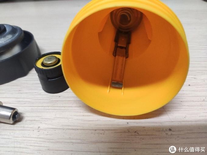 GP探索者L303型4AA手电,以及我为什么还在玩手电筒。