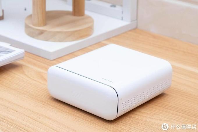 内置天猫精灵,支持远距离唤醒,天猫精灵小白盒智能投影仪体验