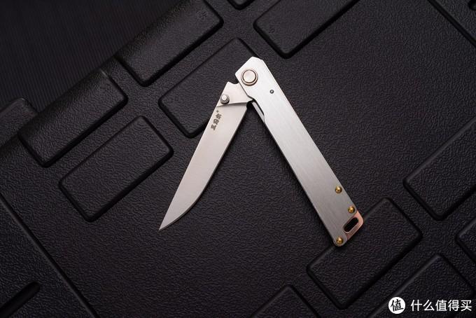 要性价比,也要有设计——三刃木9301折刀评测