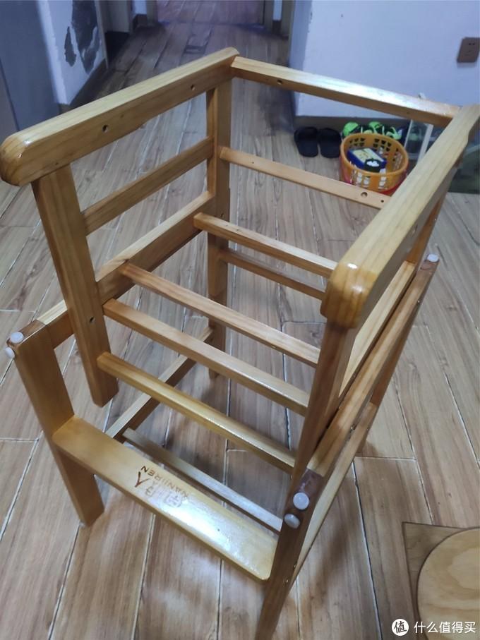 5块钱原木儿童餐桌椅翻新记