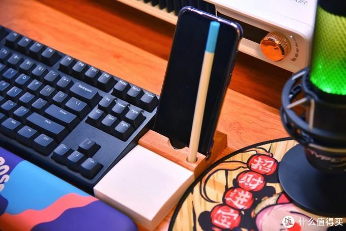 打造颜值实用俱佳的理想桌面——万字长文力荐十六件精挑细选的桌面好物