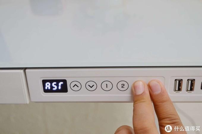 升降桌这类产品买了就后悔?入手了乐歌E5电动升降桌!真不如九块九的增高架?谈谈实际使用感受