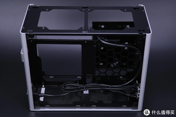 5GHz不服?双11装了台10600KF迷你主机