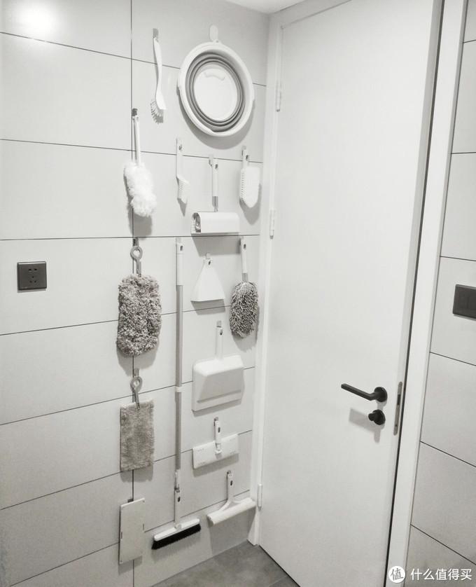 有人家的卫生间装修,不要一片瓷砖,怎么做到的?