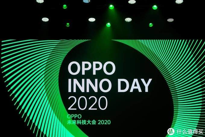 OPPO X 2021这波拉伸,或许是未来手机形态的最优解