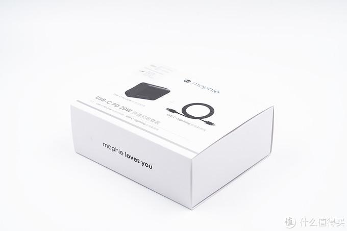 白色苹果,黑色mophie,20W充电器平分秋色?
