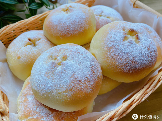 软欧包不用买了,在家就能做,松软香甜,比面包店买的还好吃
