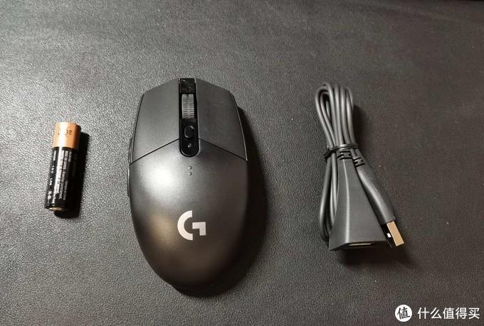 包装内容,一节电池,比较轻便的鼠标