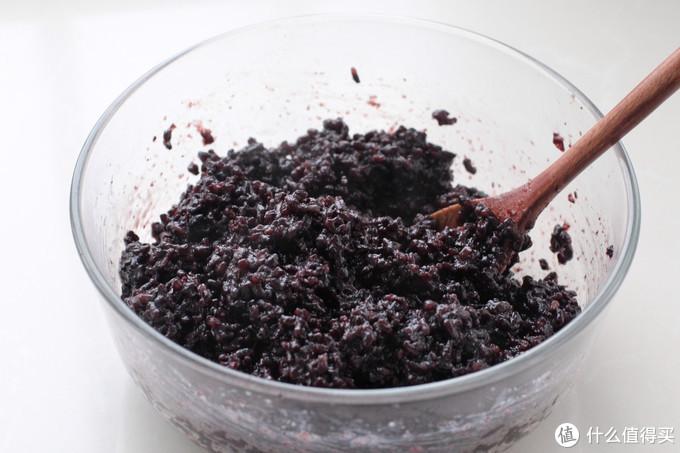 美到犯规的日式紫米饼,软噗噗营养又好吃,按照步骤一次就能成功
