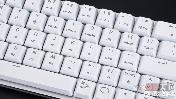 酷冷至尊SK622矮轴无线机械键盘评测