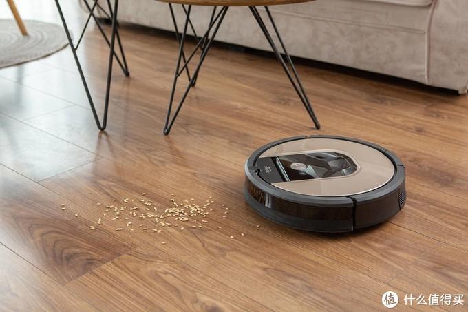 iRobot轻松搞定扫地拖地,解决家务分工难题
