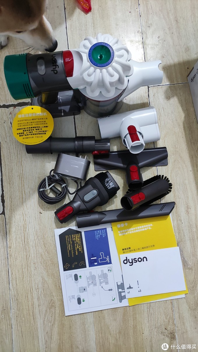 戴森V7Mattress+非官方延长管=花1份钱同时拥有除螨仪和吸尘器!