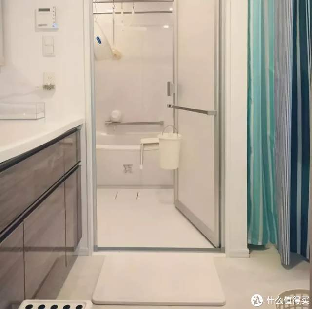 这6件卫生间好物,中国家庭用不惯,日本家庭却很喜欢,谁错了?
