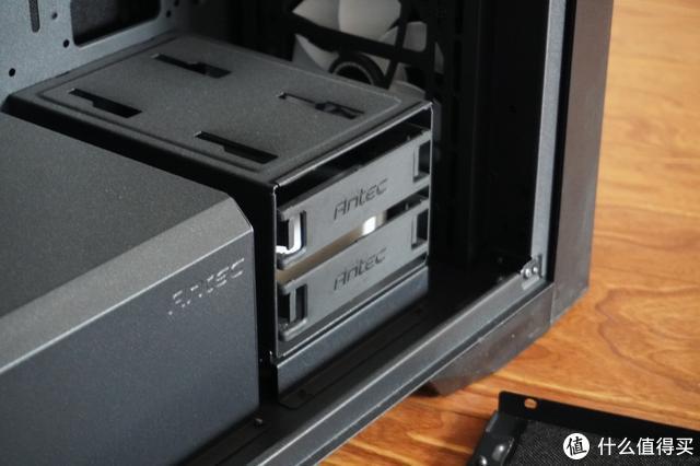 桌面增添新物件——Orico奥睿科铝合金显示器支架,保护颈椎