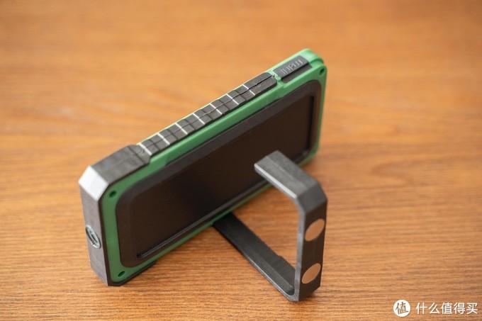 这是男人想要的手电筒模样   沃尔森 Y40 太阳能 LED 灯