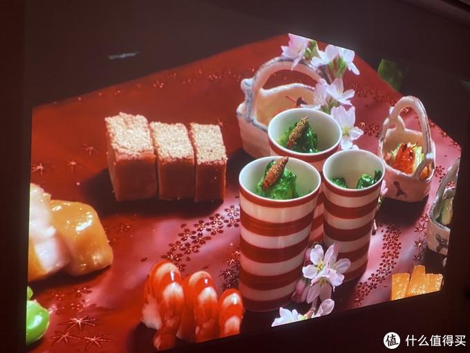 食物的颜色、颗粒感等都显示的很棒
