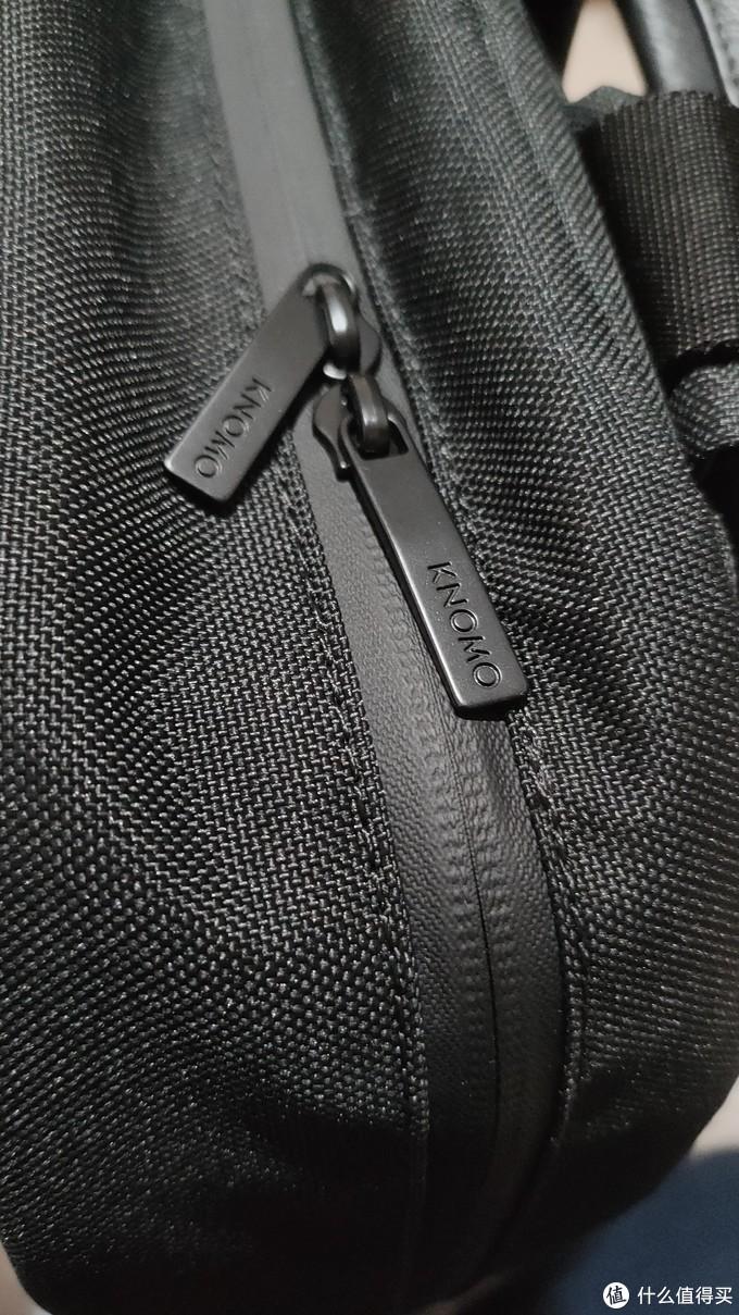 防水拉链,定制锁头,没啥特殊的