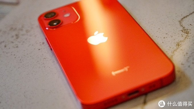 Iphone12 mini product red入手