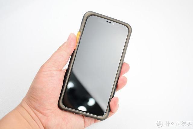 iPhone12防摔手机壳:比官壳贱一半,唠一唠它的优缺点