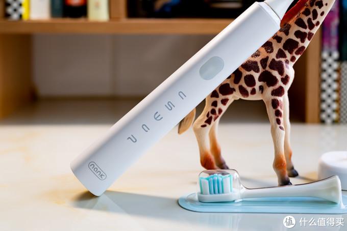 价格亲民、实力不俗,南卡Shiny电动牙刷体验