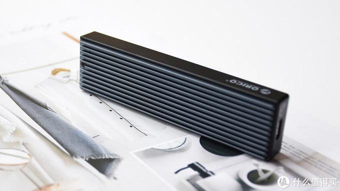 ORICO M.2 NVMe金属硬盘盒:金属机身 高速传输